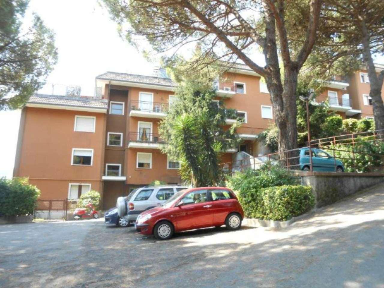 Bilocale Rapallo Via Toti 5