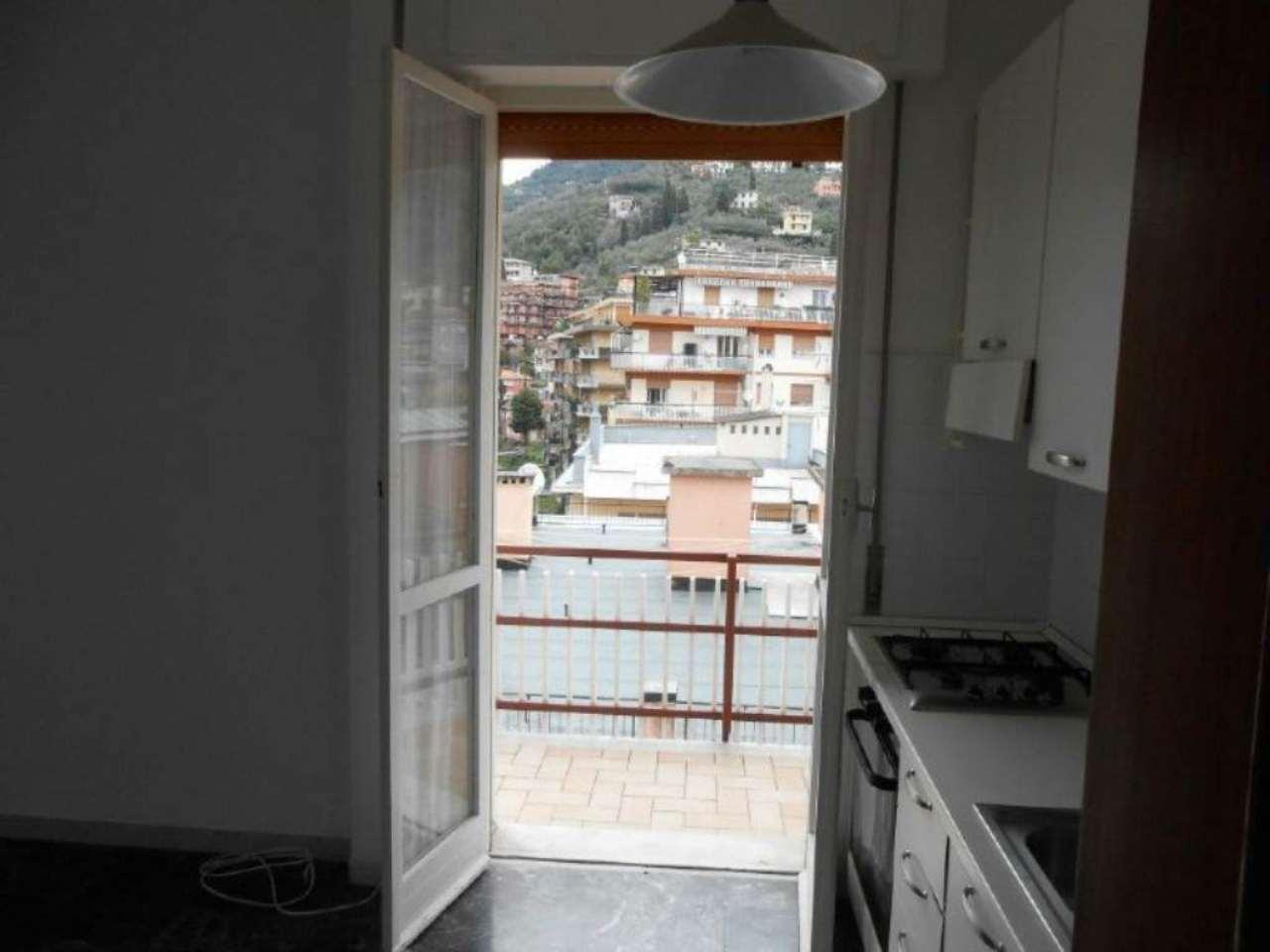 Bilocale Rapallo Via Castagneto 11