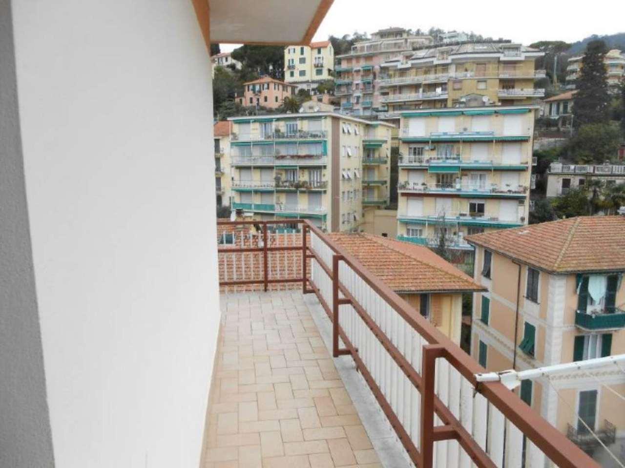 Bilocale Rapallo Via Castagneto 12