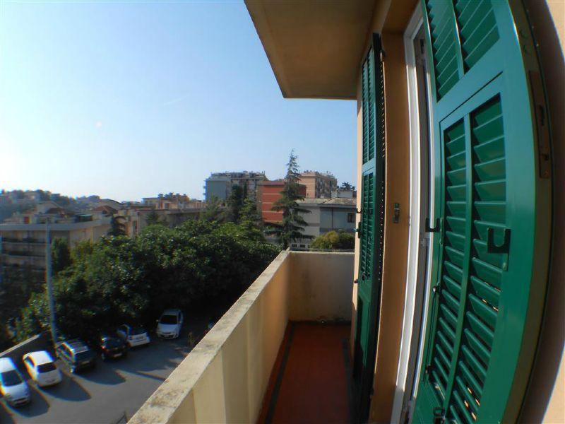 Bilocale Genova Via Bainsizza 6