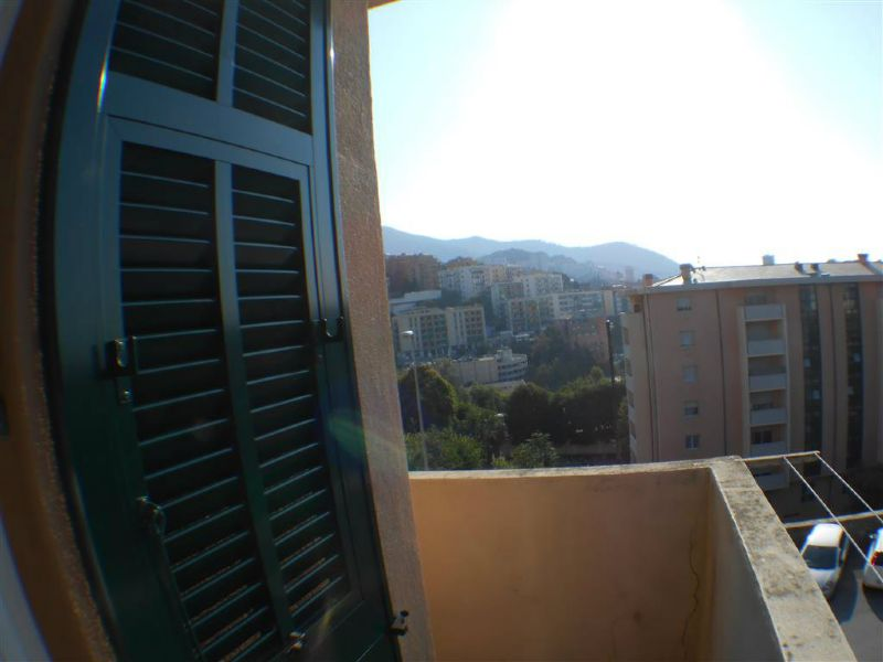 Bilocale Genova Via Bainsizza 8