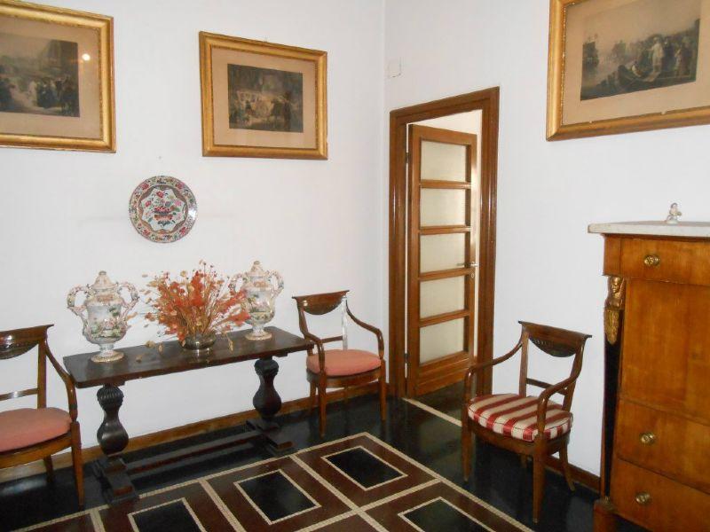 5 locali in vendita a Genova in Viale Brigate Partigiane