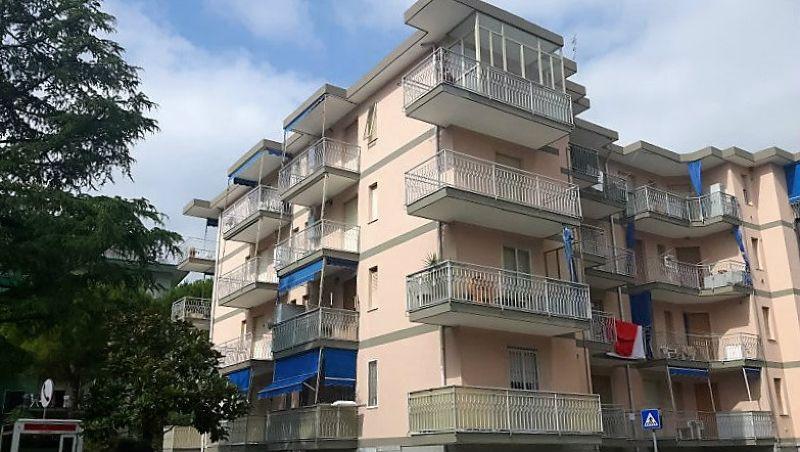 Bilocale Borghetto Santo Spirito Via Milano 1