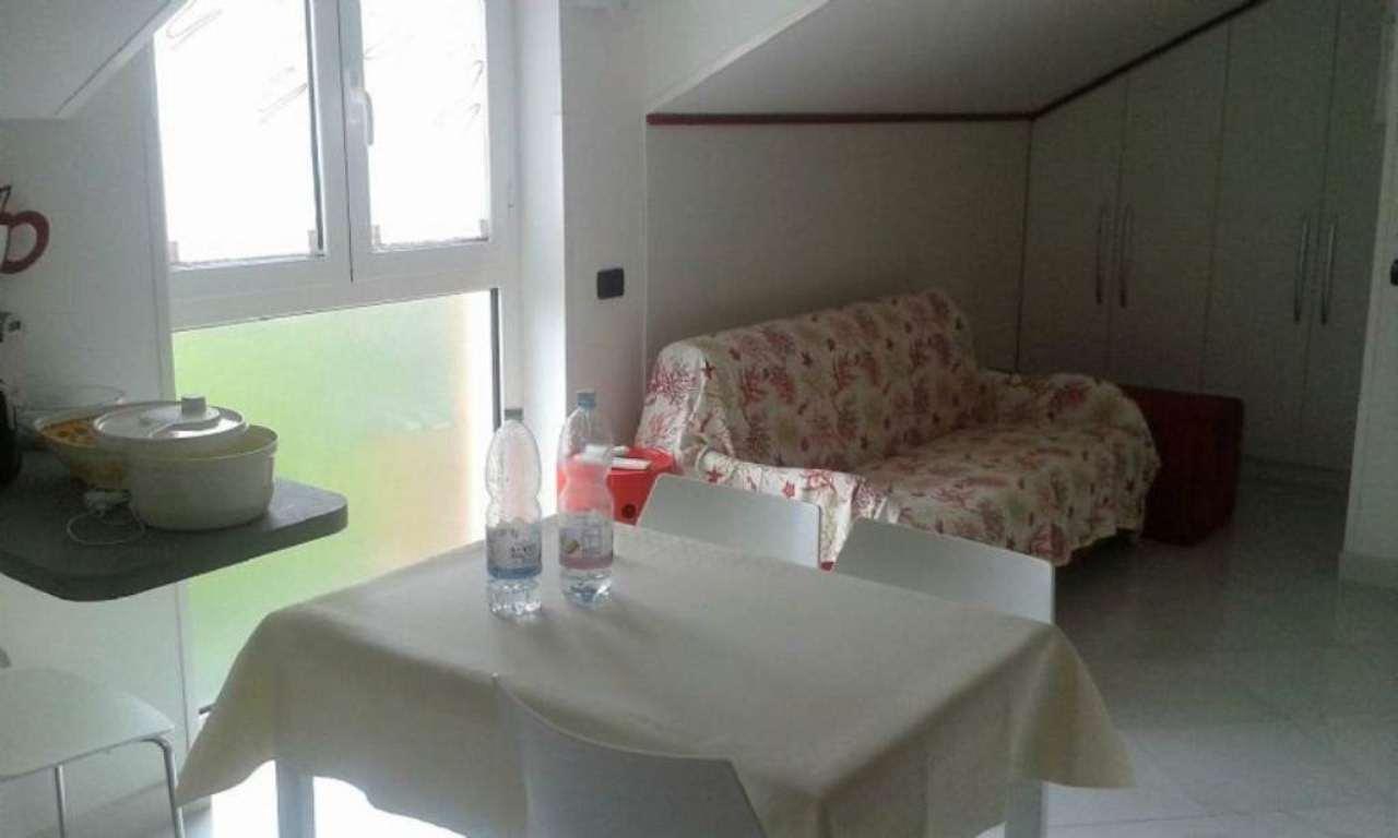 Bilocale Loano Via Foscolo 2