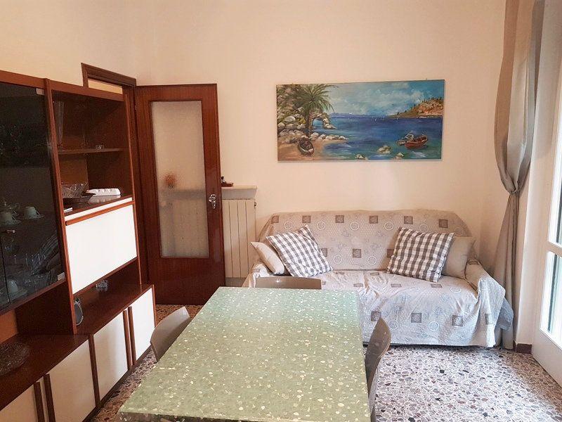 Bilocale Borghetto Santo Spirito Via Venezia 4