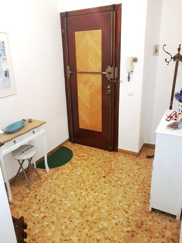 Bilocale Borghetto Santo Spirito Via Venezia 10