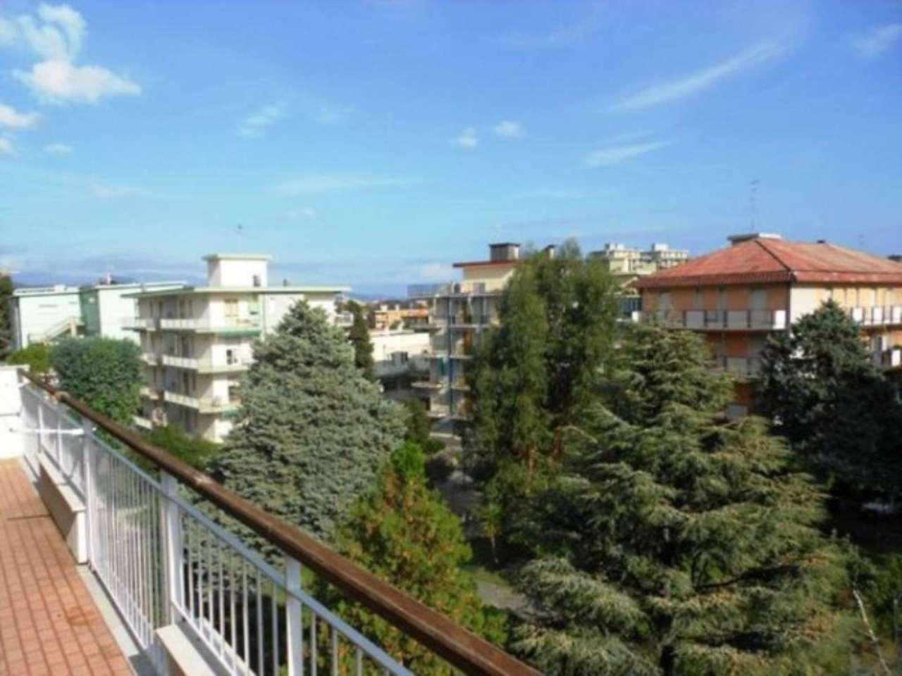 Bilocale Borghetto Santo Spirito Via Cagliari 2
