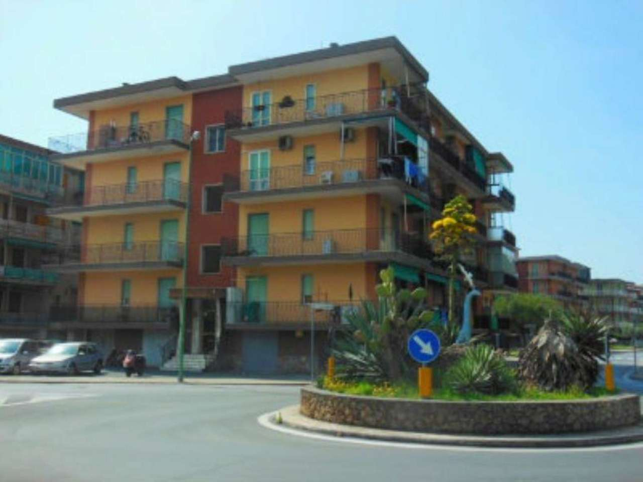 Bilocale Borghetto Santo Spirito Via Parioli 1
