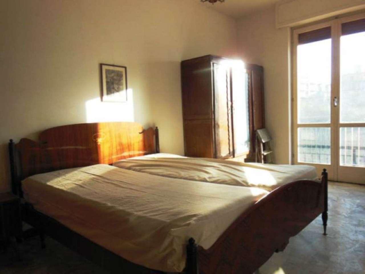 Bilocale Borghetto Santo Spirito Via Parioli 8