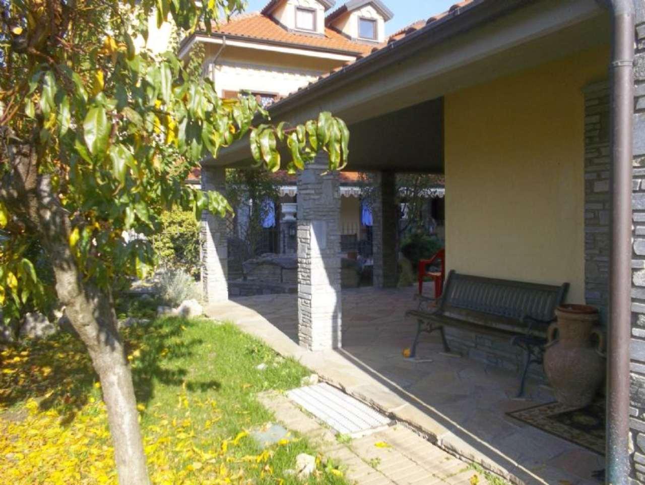Villa in vendita a Nichelino, 7 locali, prezzo € 490.000 | Cambio Casa.it