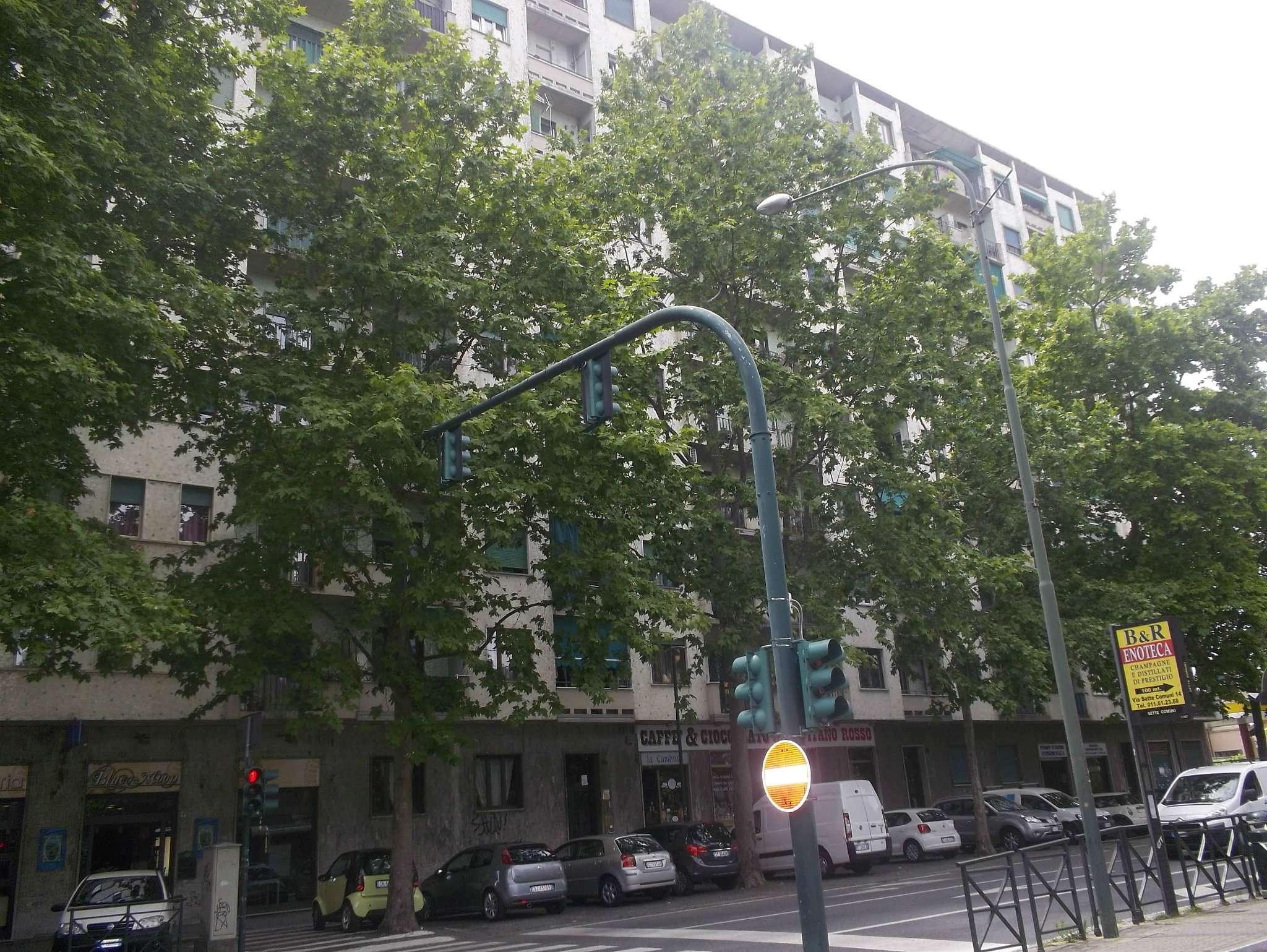 Bilocale Torino Corso Traiano 11