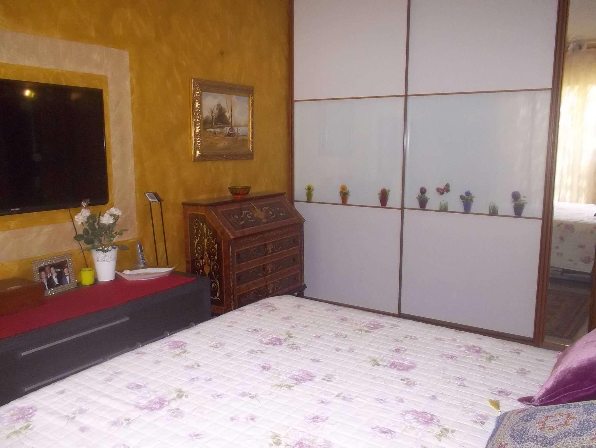 Bilocale Torino Via Baiardi 10
