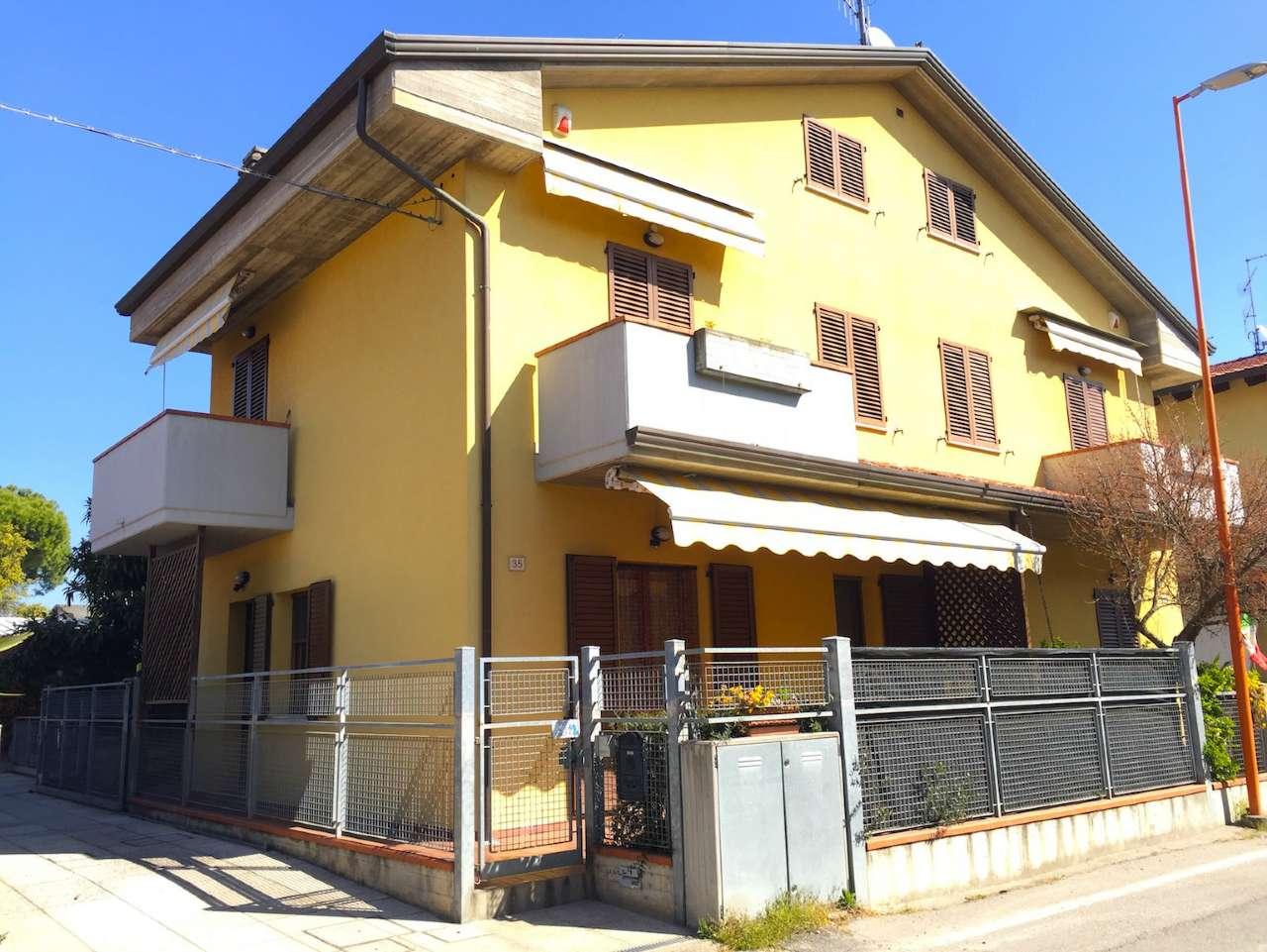 Soluzione Indipendente in vendita a Cesena, 4 locali, prezzo € 280.000 | Cambio Casa.it