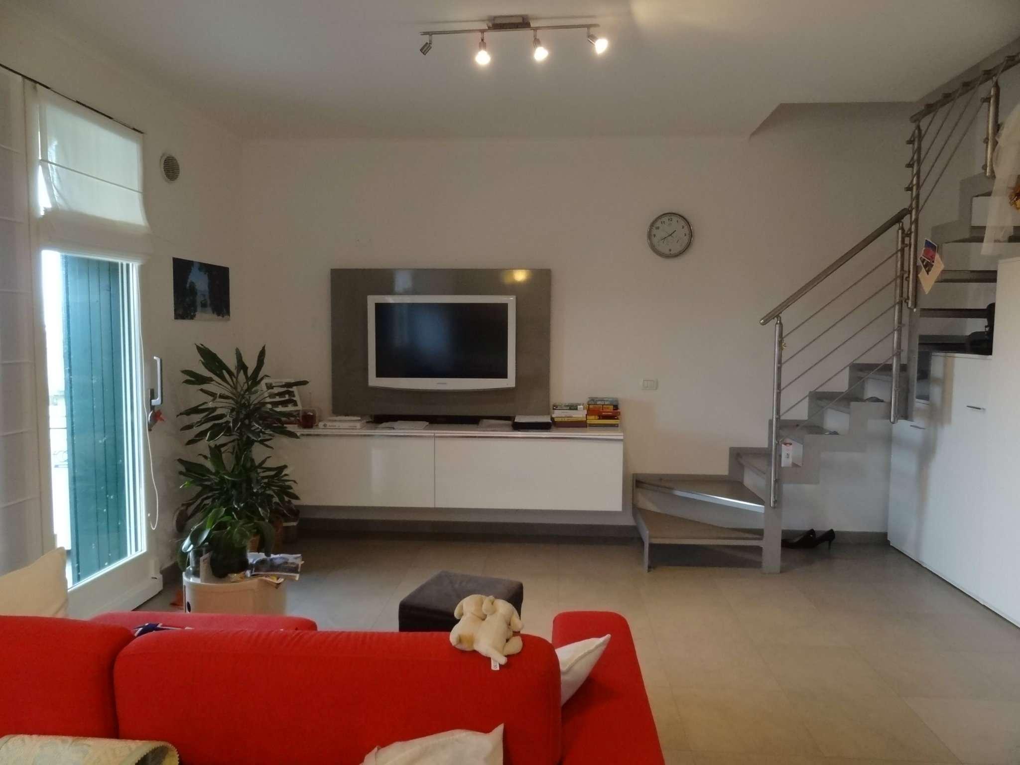 Appartamento in vendita a Longiano, 3 locali, prezzo € 145.000 | Cambio Casa.it