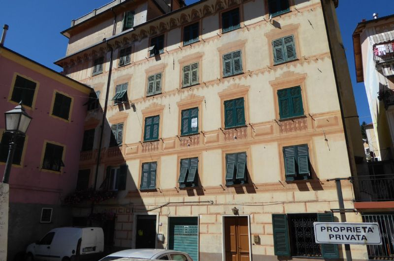 Appartamento in vendita a Torriglia, 8 locali, prezzo € 65.000 | Cambio Casa.it
