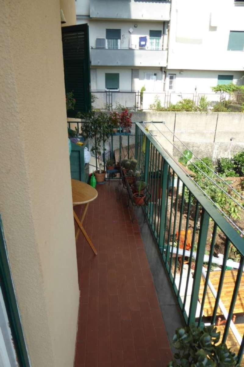 Bilocale Genova Via Sapeto 12