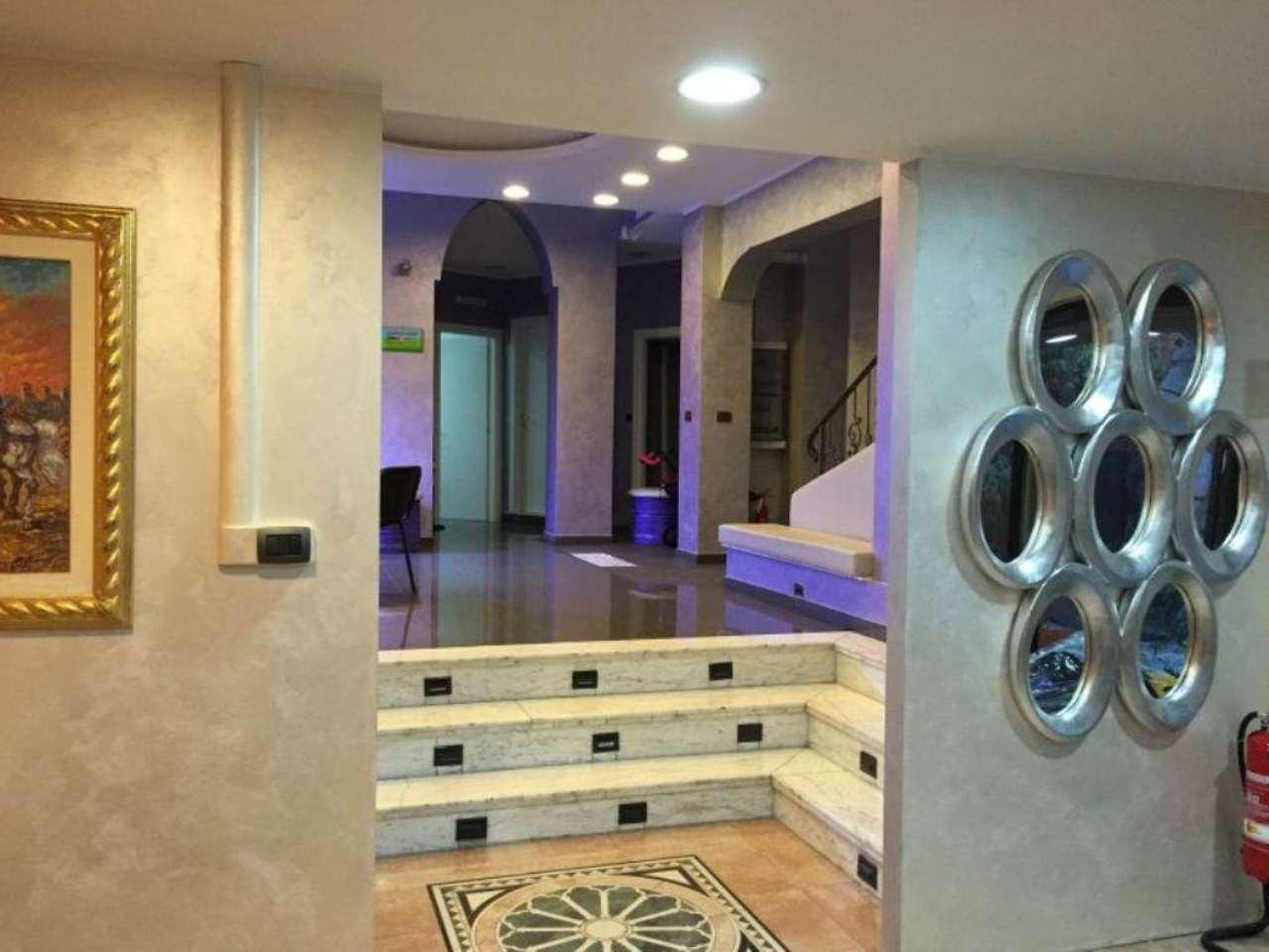 Palazzo / Stabile in vendita a Torino, 9999 locali, zona Zona: 8 . San Paolo, Cenisia, prezzo € 560.000 | Cambio Casa.it