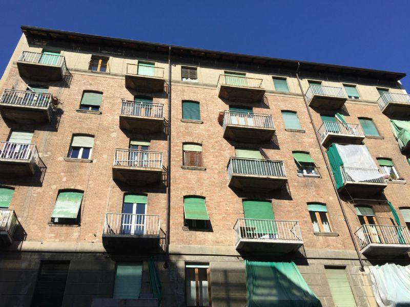 Bilocale Torino Via Broni 2