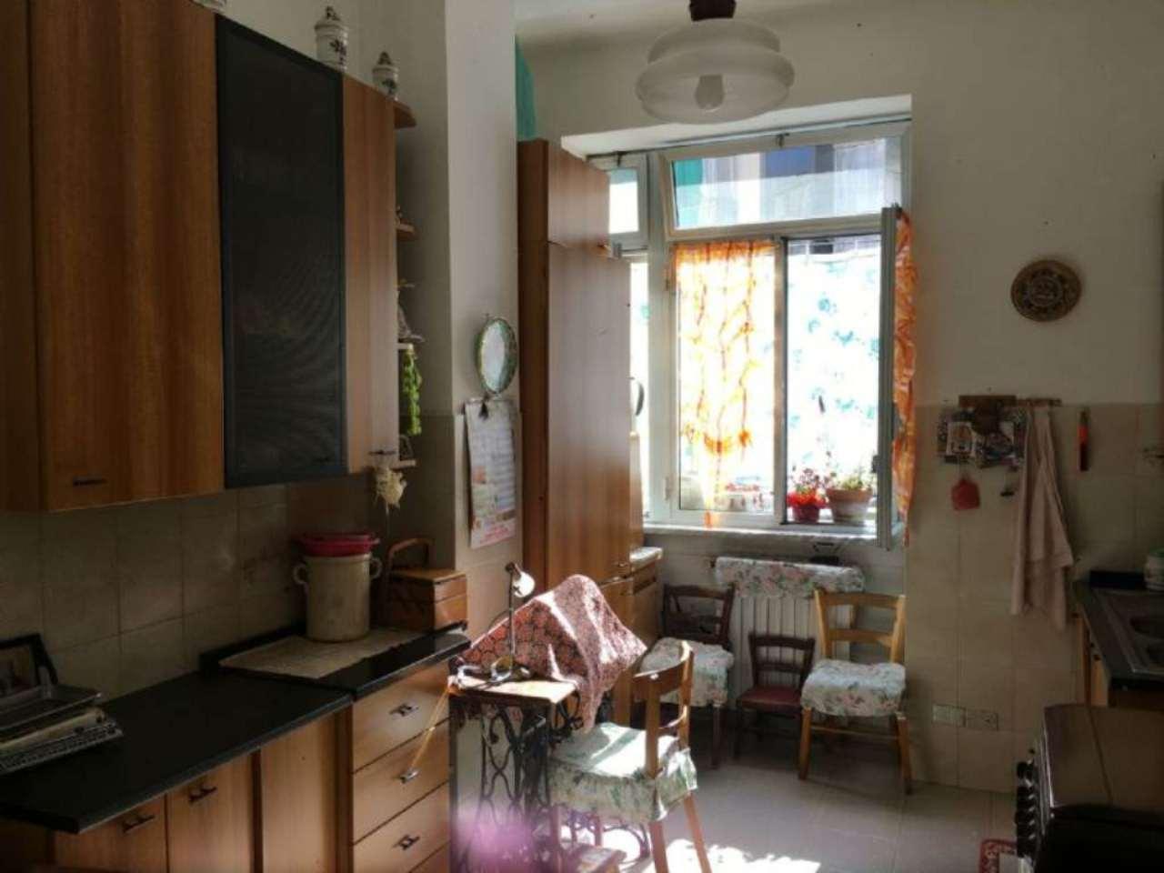 Bilocale Torino Via Zumaglia 8