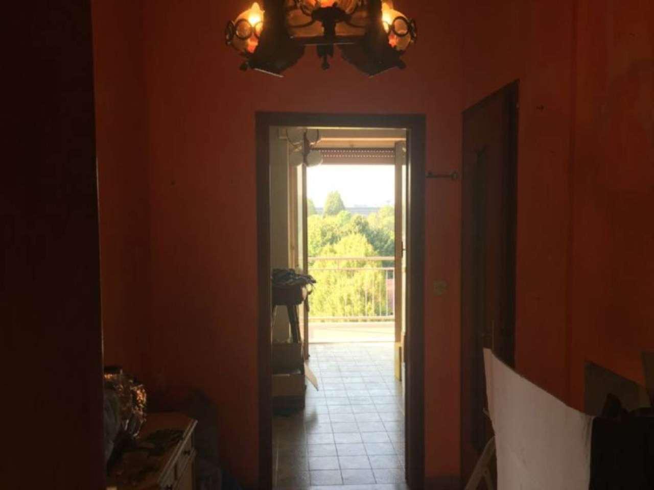 Bilocale Torino Via Val Della Torre 4