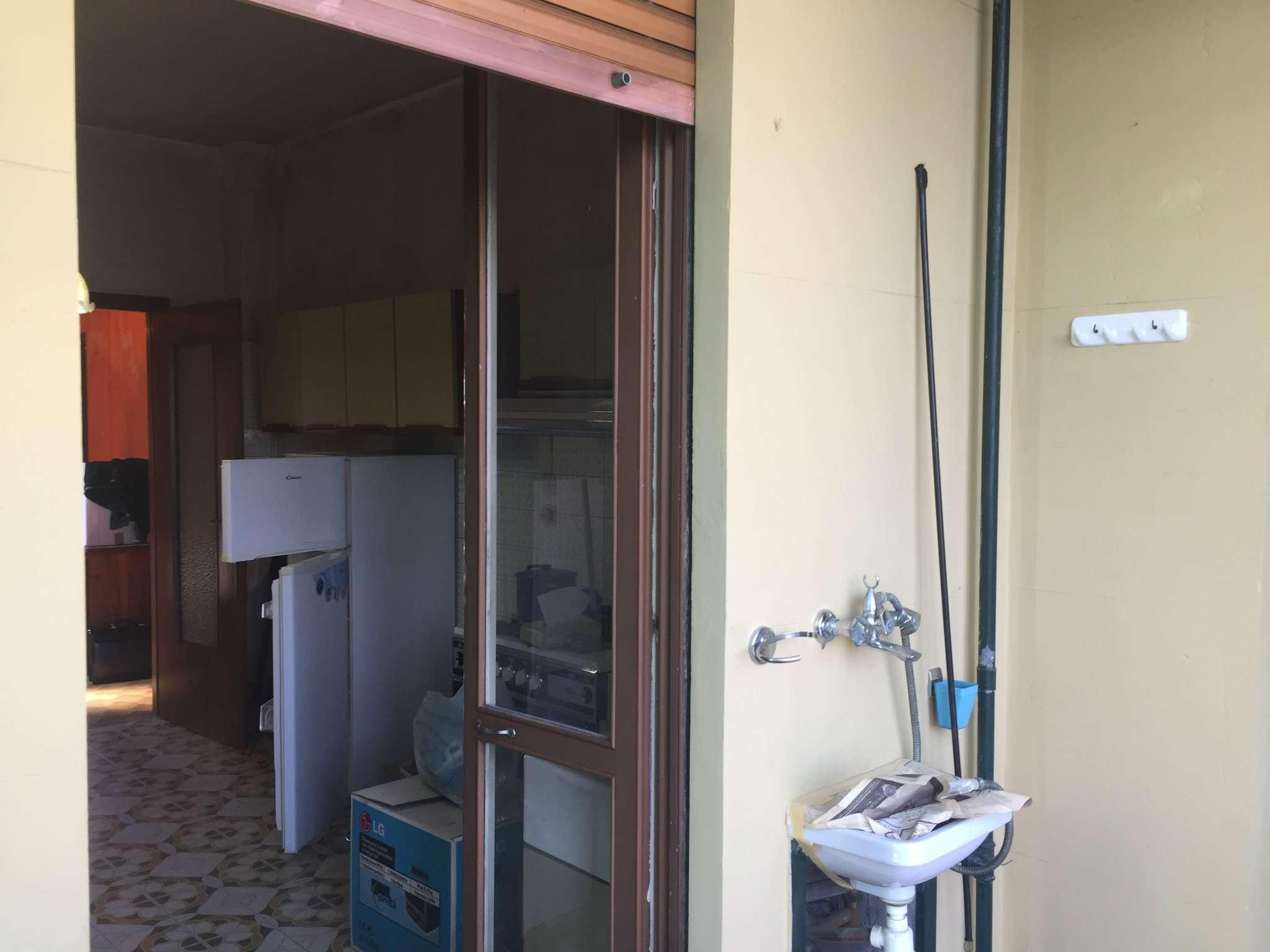 Bilocale Torino Via Val Della Torre 13