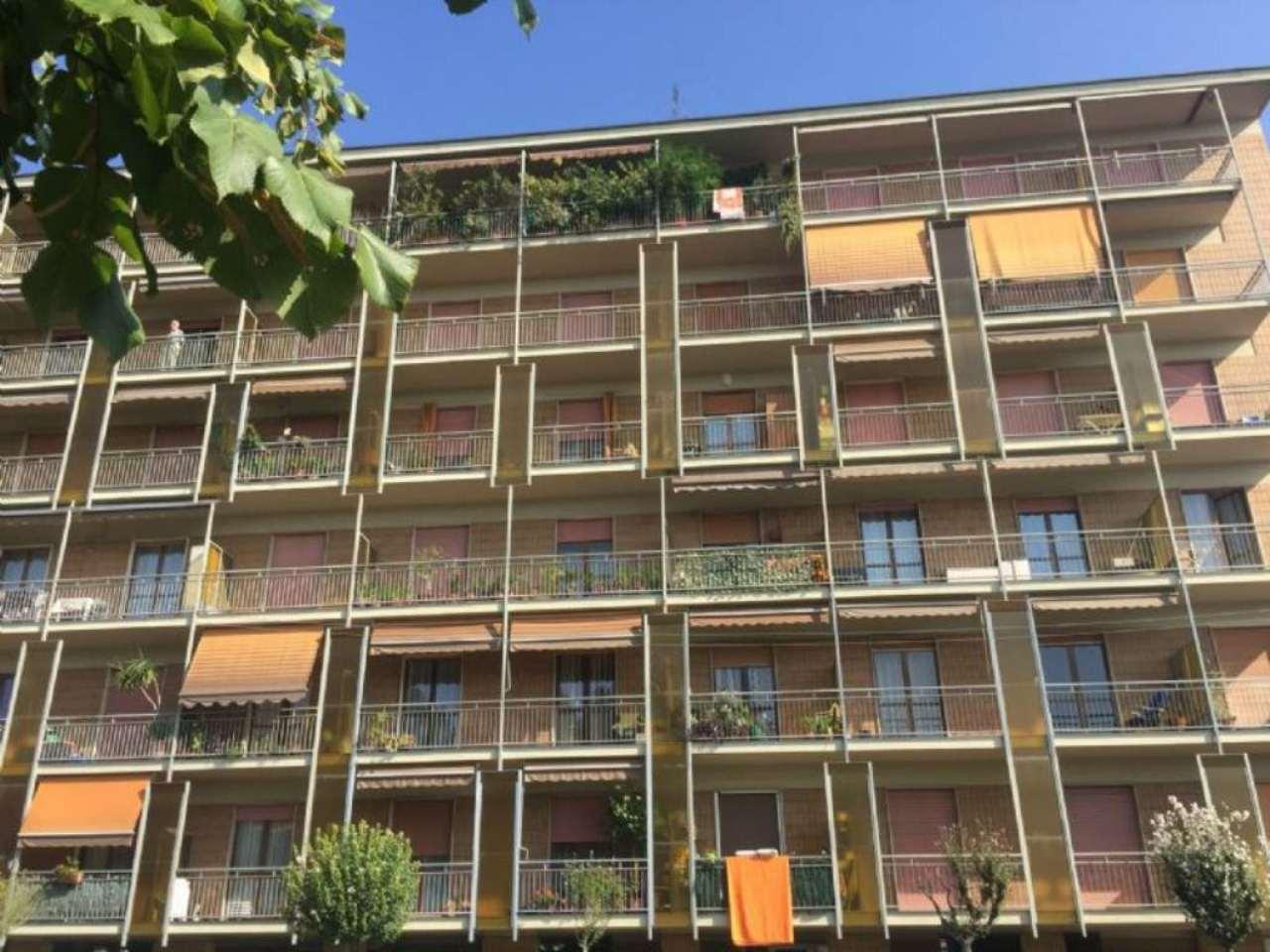 Bilocale Torino Via Val Della Torre 1
