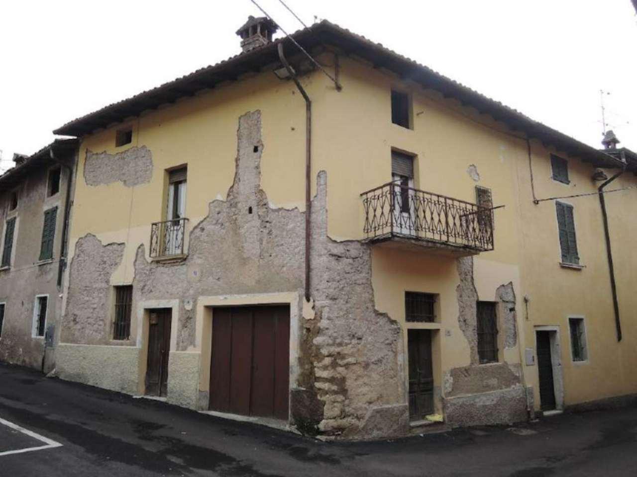 Palazzo / Stabile in vendita a Cellatica, 3 locali, prezzo € 75.000 | Cambio Casa.it