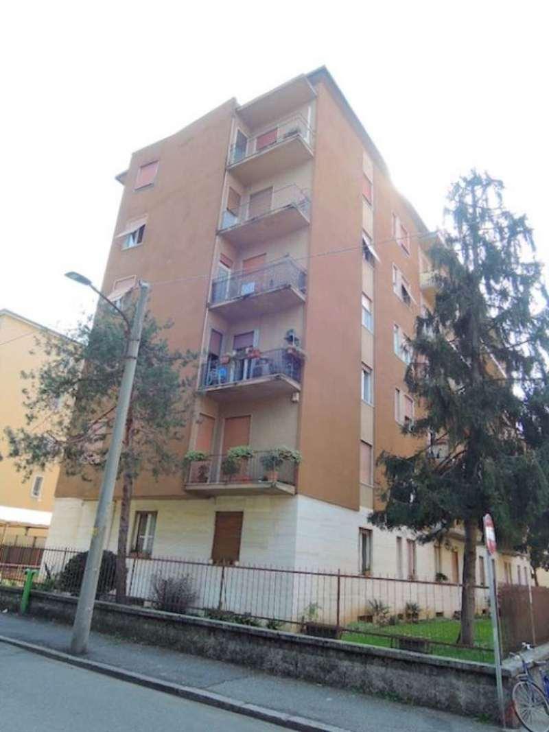 Bilocale Brescia Via Massimo D'azeglio 2