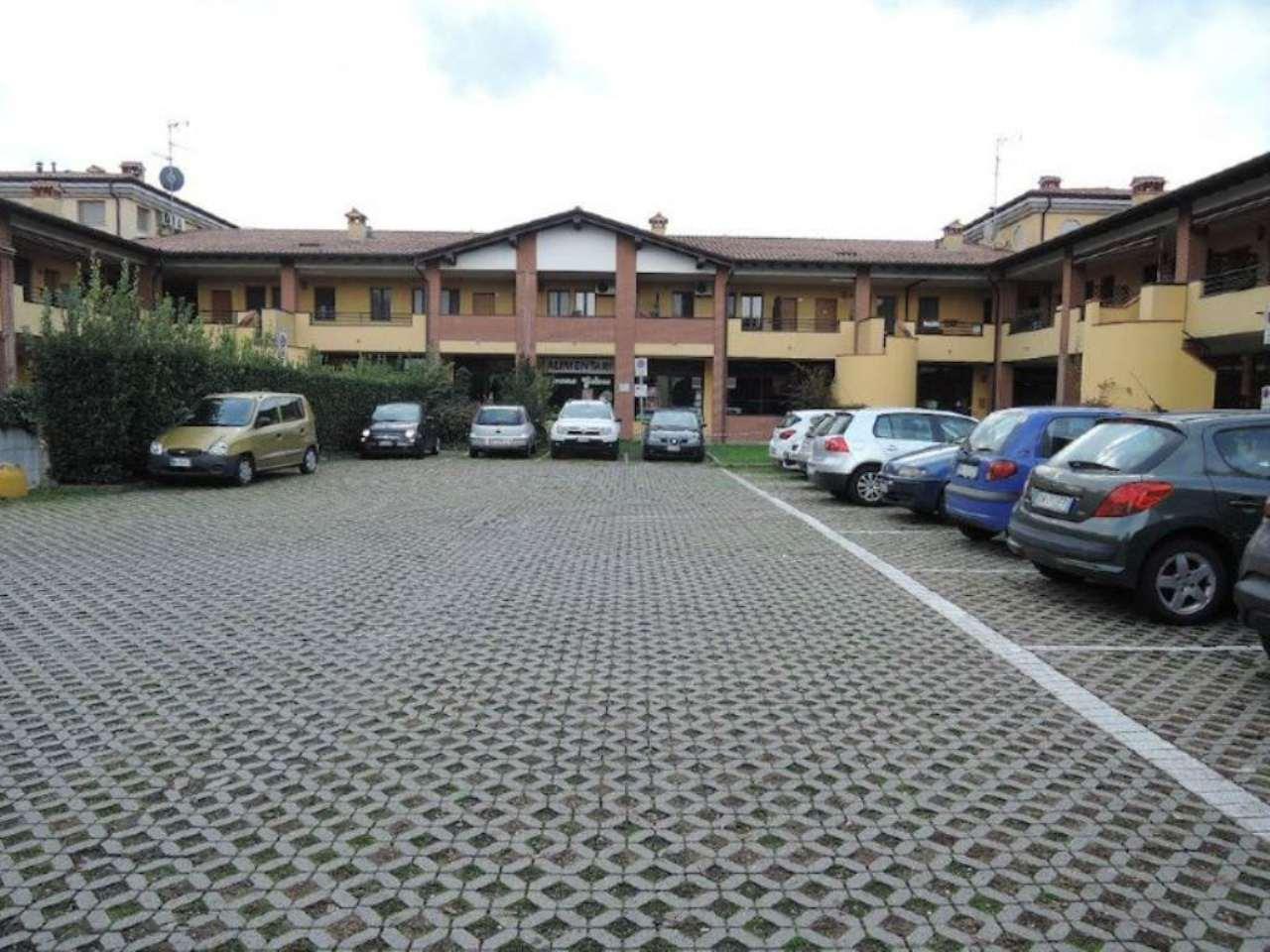 Negozio / Locale in affitto a Bagnolo Mella, 1 locali, prezzo € 550 | Cambio Casa.it