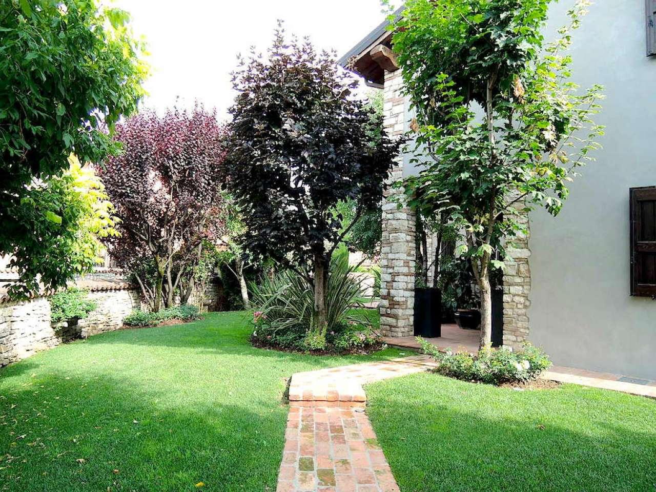 Villa in vendita a Gussago, 6 locali, prezzo € 1.250.000 | Cambio Casa.it