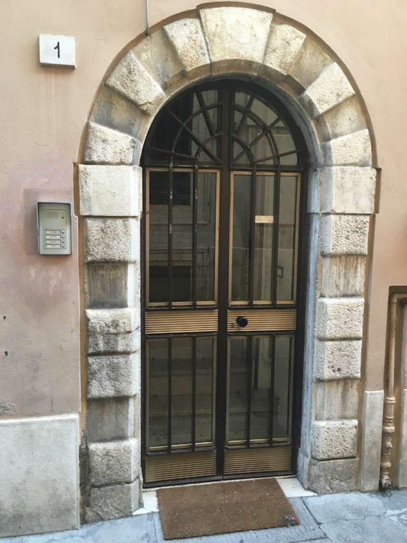 Attico / Mansarda in affitto a Brescia, 1 locali, prezzo € 380 | Cambio Casa.it