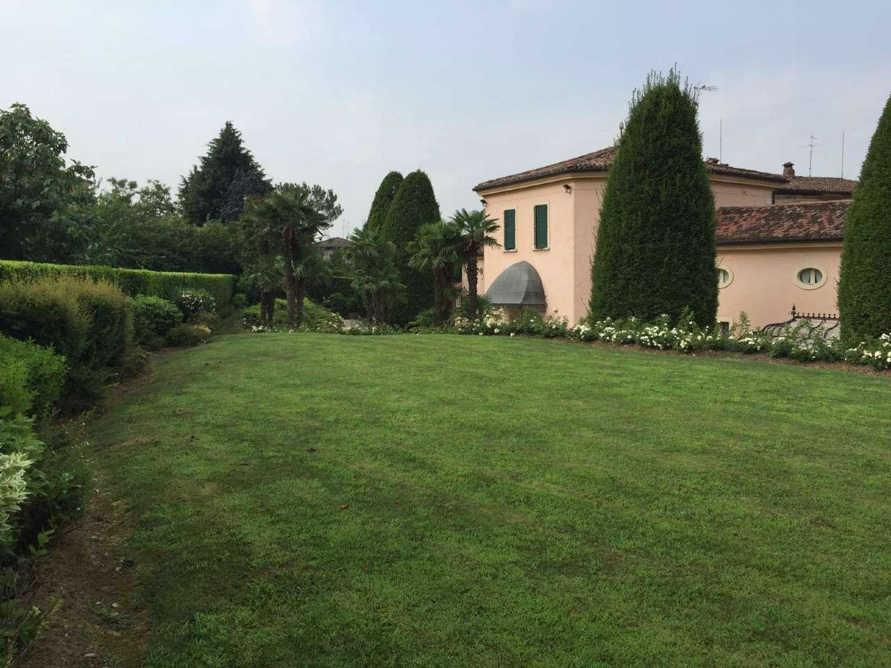 Villa in vendita a Cellatica, 8 locali, Trattative riservate | Cambio Casa.it
