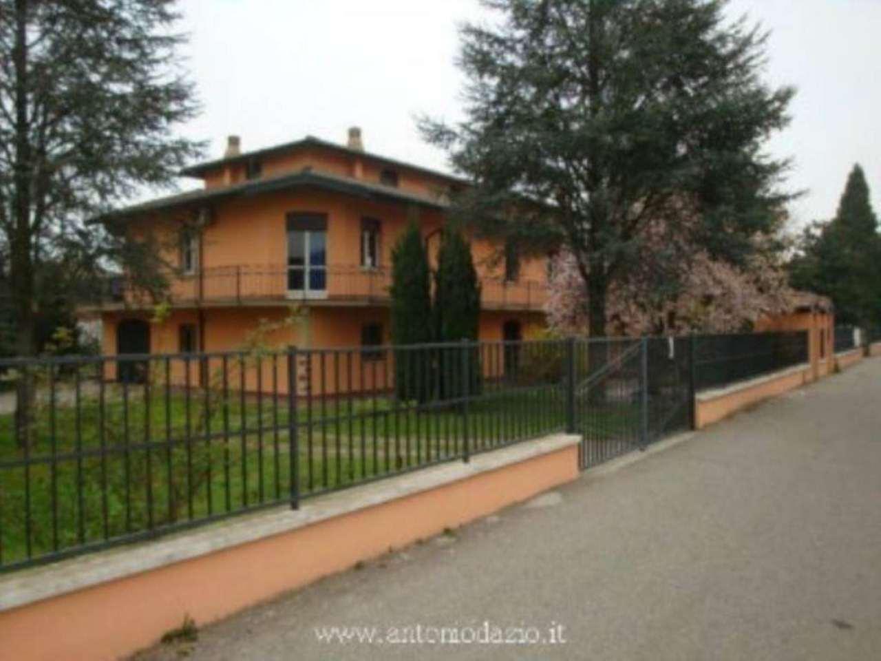 Villa in vendita a Valle Salimbene, 6 locali, prezzo € 370.000 | Cambio Casa.it