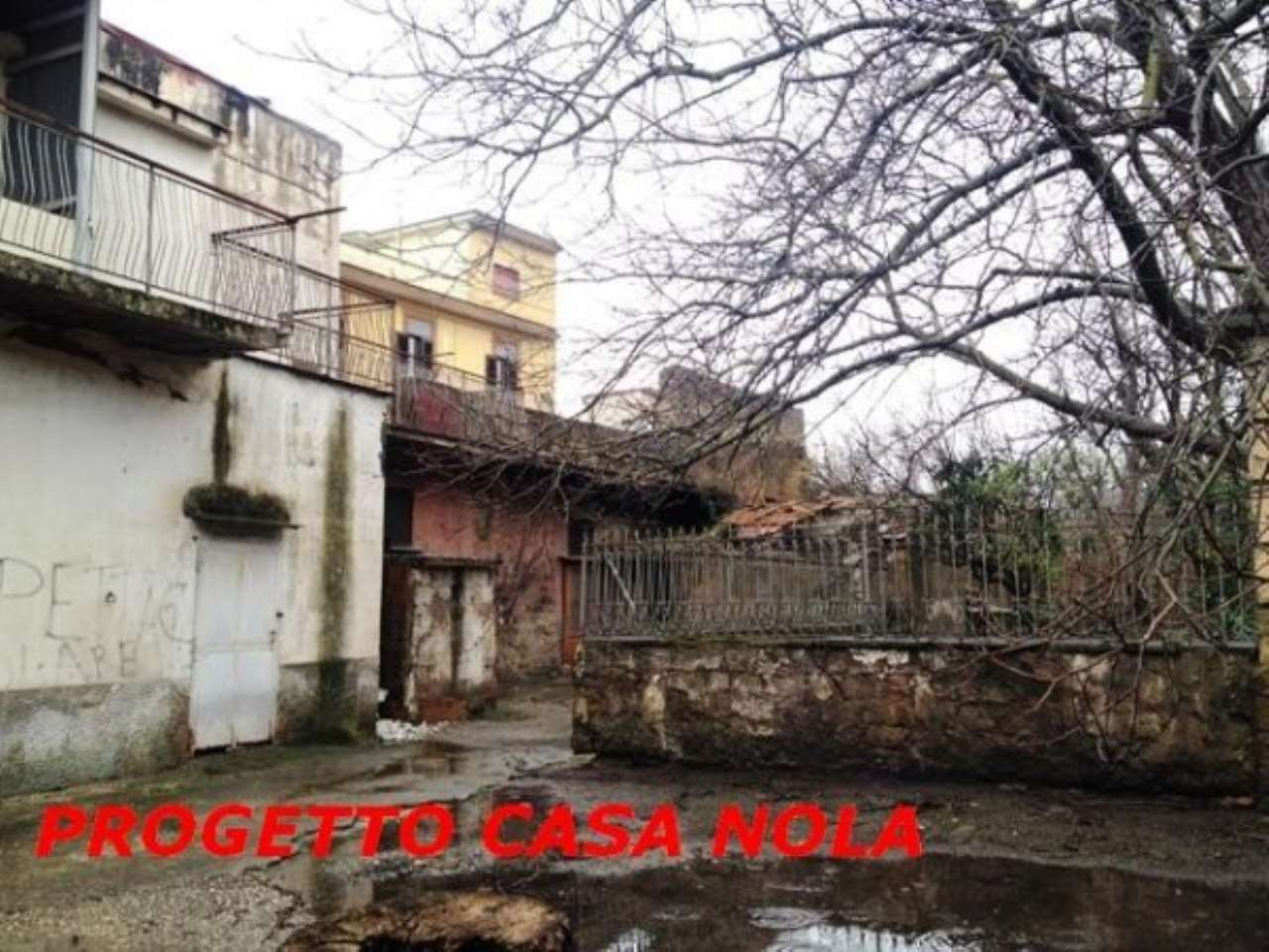 Palazzo / Stabile in Vendita a Casamarciano