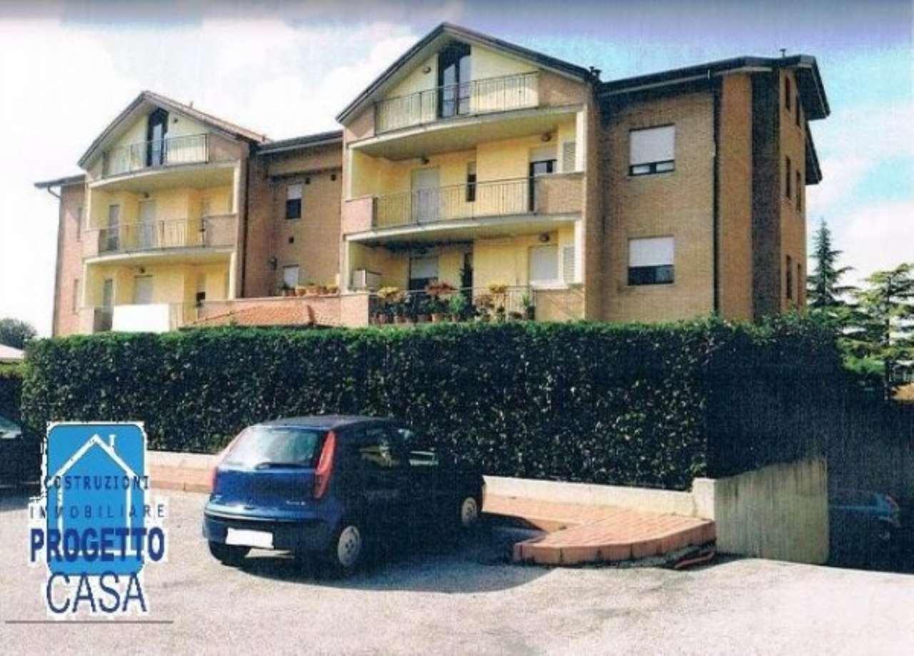 Appartamento in vendita a Corciano, 3 locali, prezzo € 130.000 | CambioCasa.it