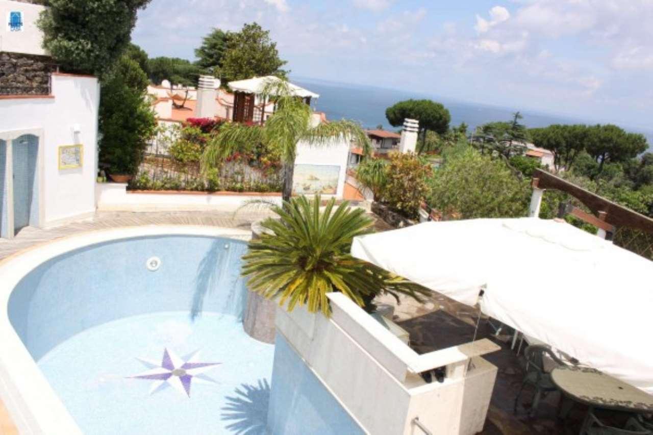 Villa in Vendita a Casamicciola Terme