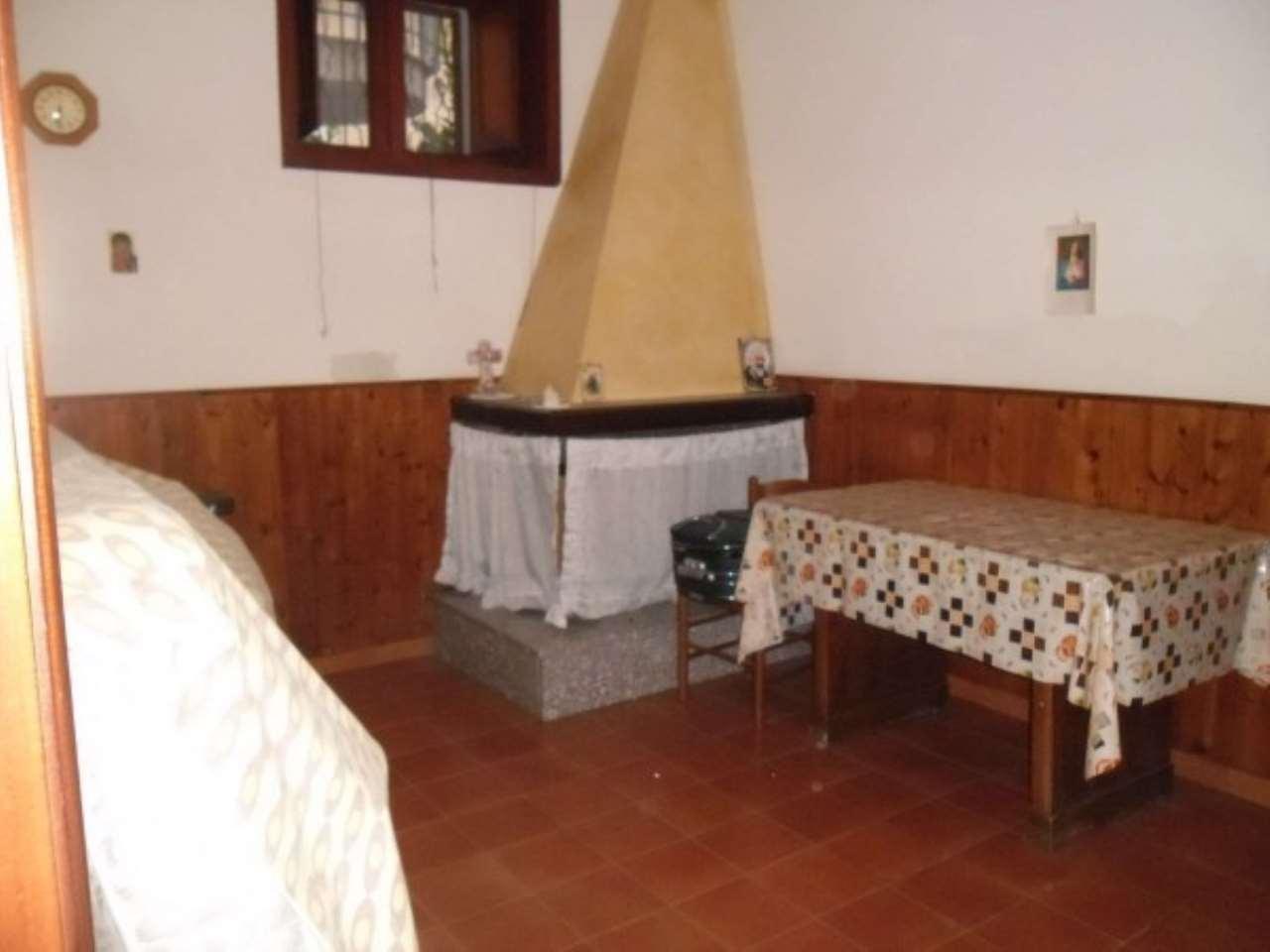 Soluzione Indipendente in vendita a Saviano, 3 locali, prezzo € 90.000 | CambioCasa.it