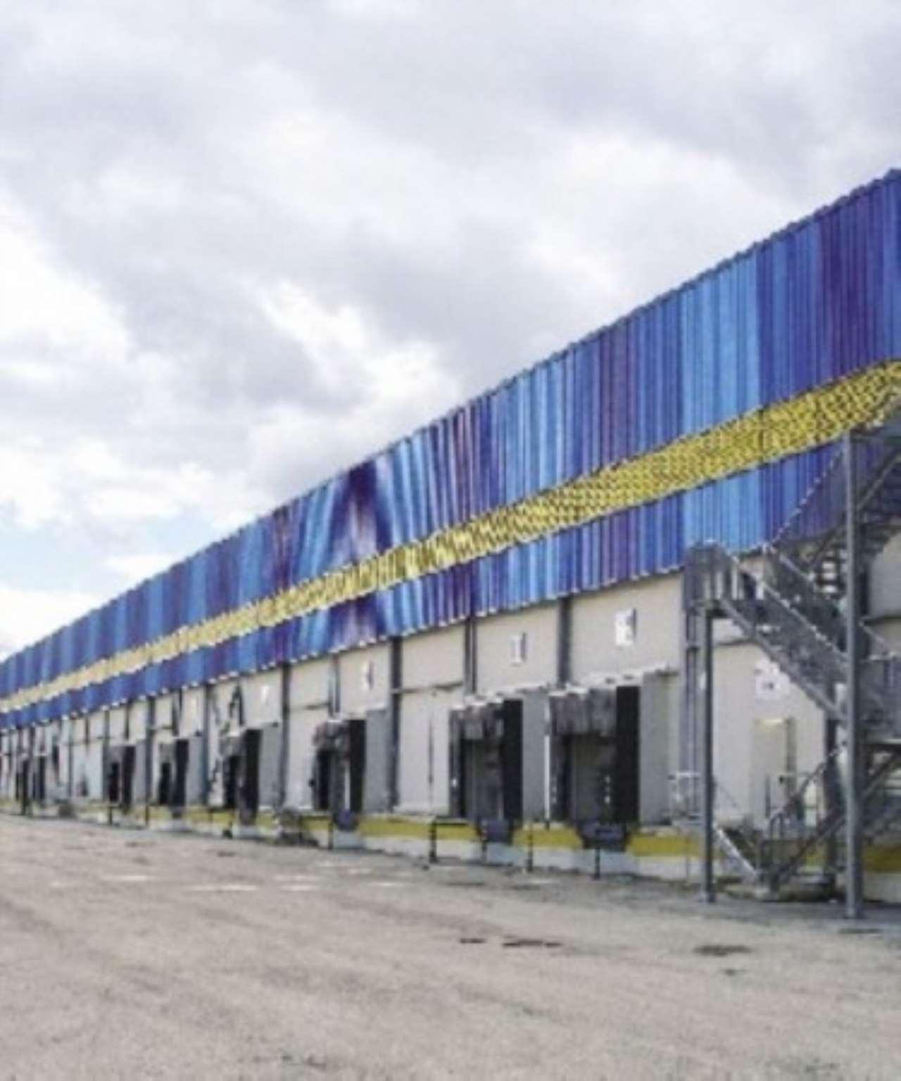 Capannone in vendita a Nola, 4 locali, prezzo € 1.600.000 | Cambio Casa.it