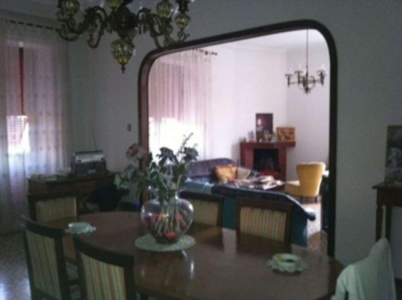Villa in vendita a Cimitile, 6 locali, prezzo € 430.000 | CambioCasa.it
