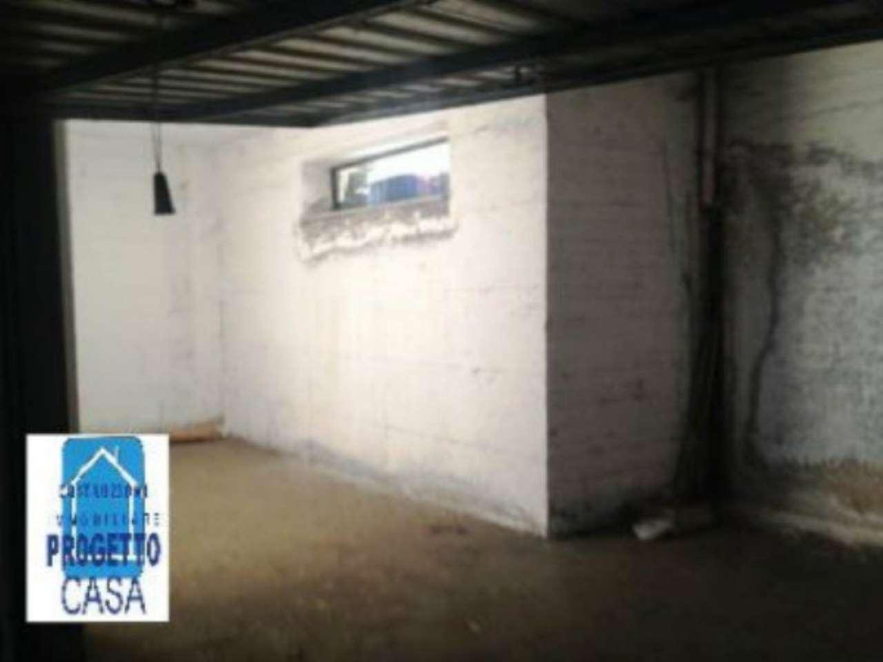 Box / Garage in vendita a Nola, 1 locali, prezzo € 9.100   CambioCasa.it