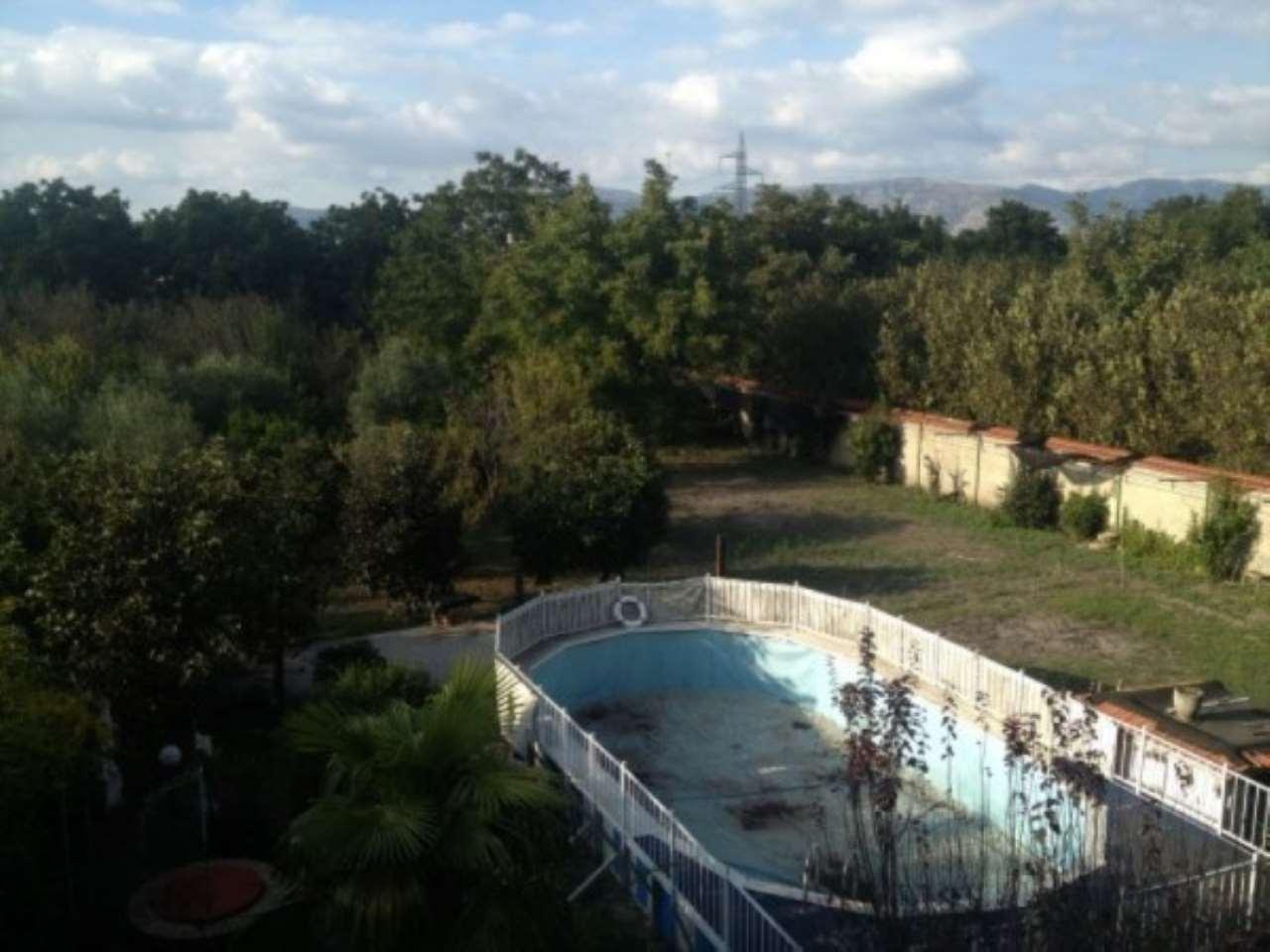 Villa in vendita a Saviano, 6 locali, prezzo € 380.000 | CambioCasa.it