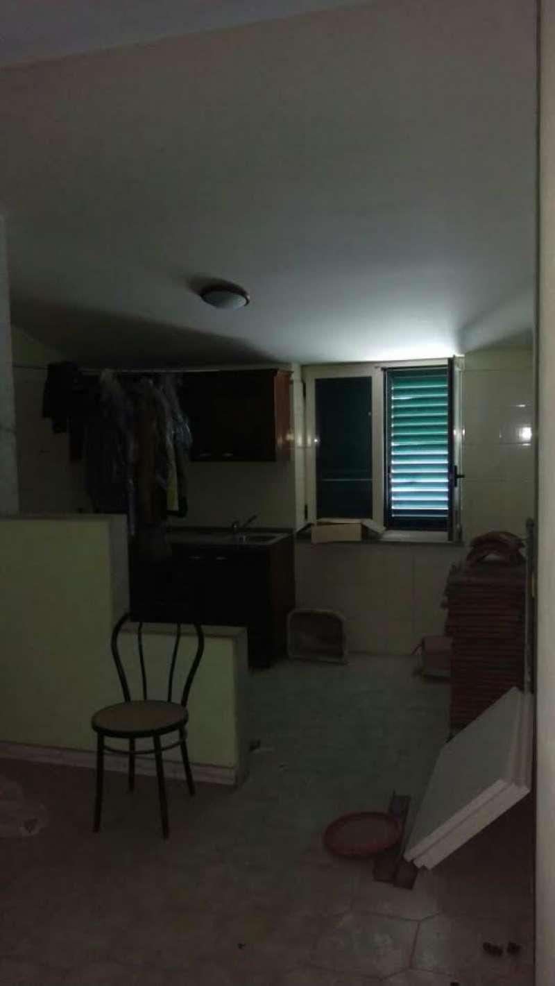 Appartamento in affitto a Pomigliano d'Arco, 4 locali, prezzo € 500 | Cambio Casa.it
