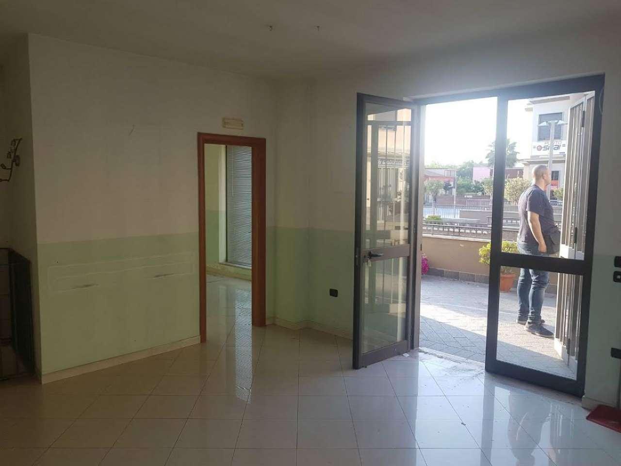 Negozio / Locale in vendita a Saviano, 9999 locali, Trattative riservate | Cambio Casa.it