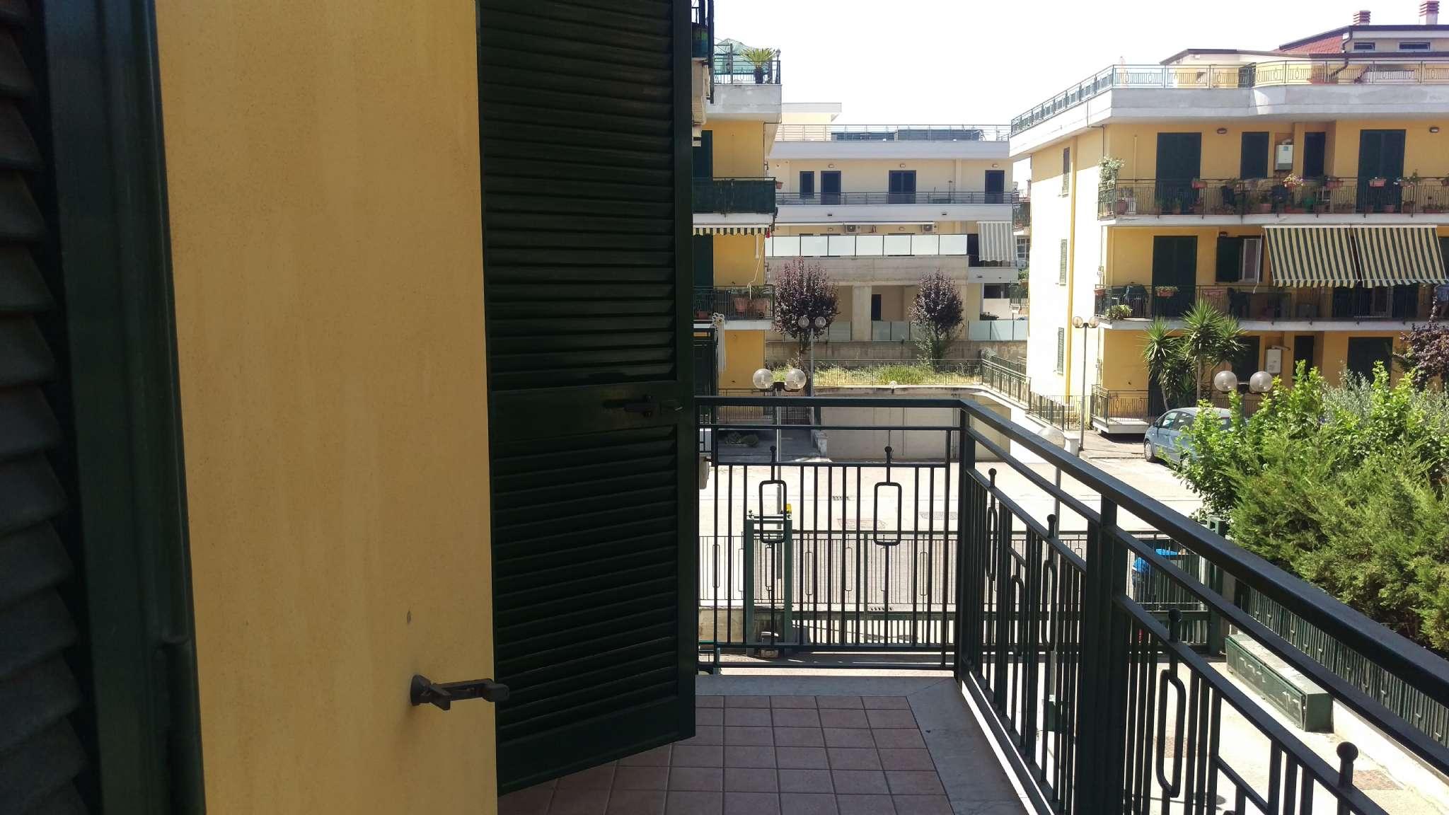 Appartamento in vendita a Mariglianella, 5 locali, prezzo € 200.000 | CambioCasa.it