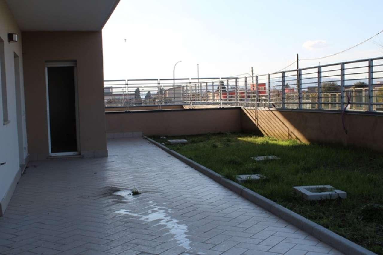 Appartamento in vendita 4 vani 80 mq.  via BARTOLO LONGO  snc Napoli