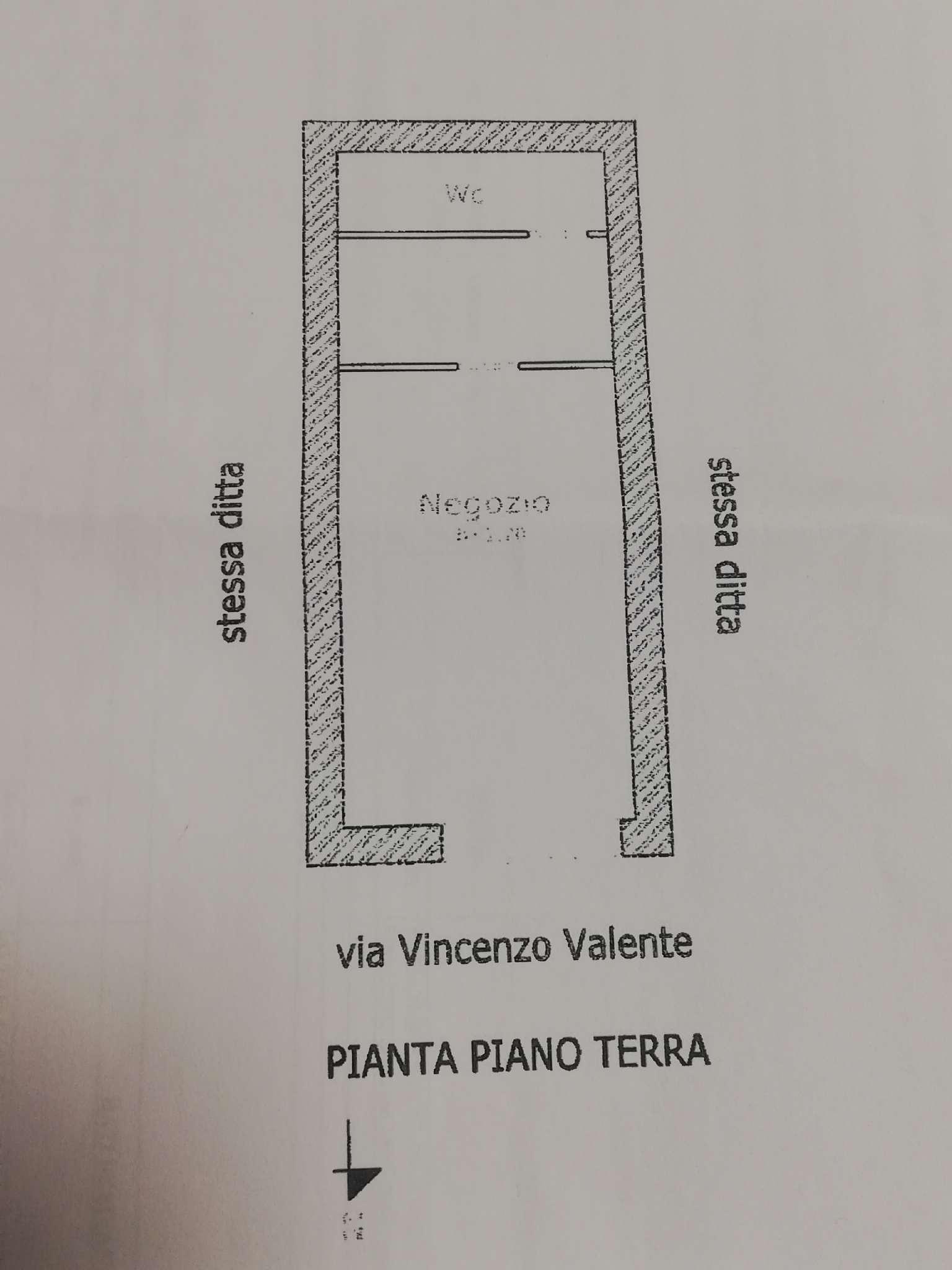 Napoli Vendita COMMERCIALI Immagine 0