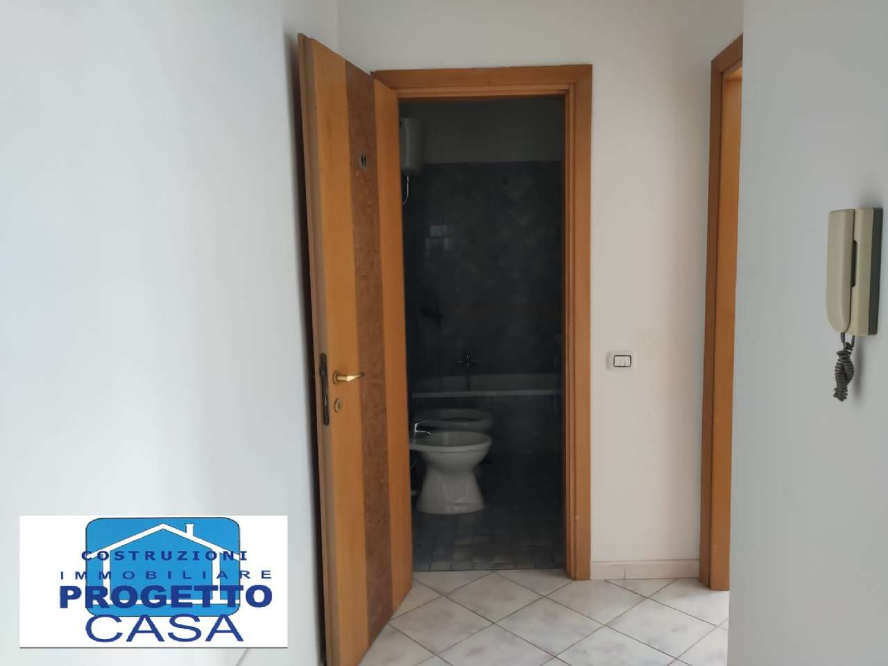 Nola Affitto APPARTAMENTO Immagine 2