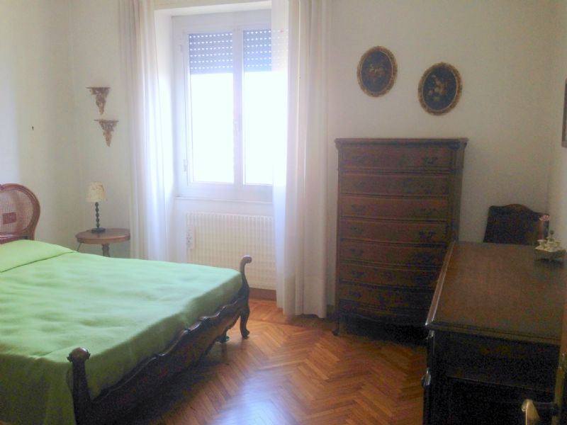 Bilocale Genova Via G.b.monti 4