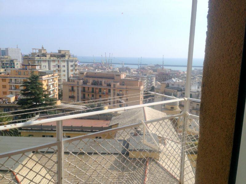 Bilocale Genova Via G.b.monti 7
