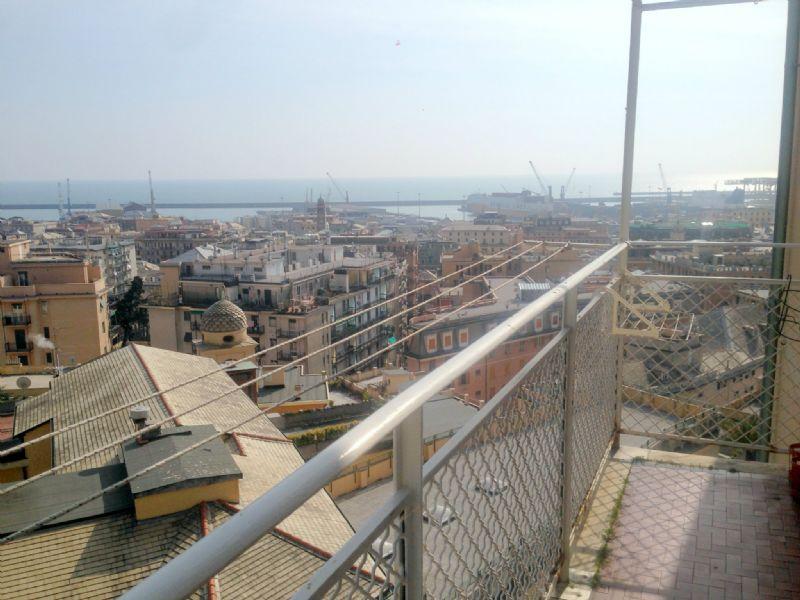 Bilocale Genova Via G.b.monti 1